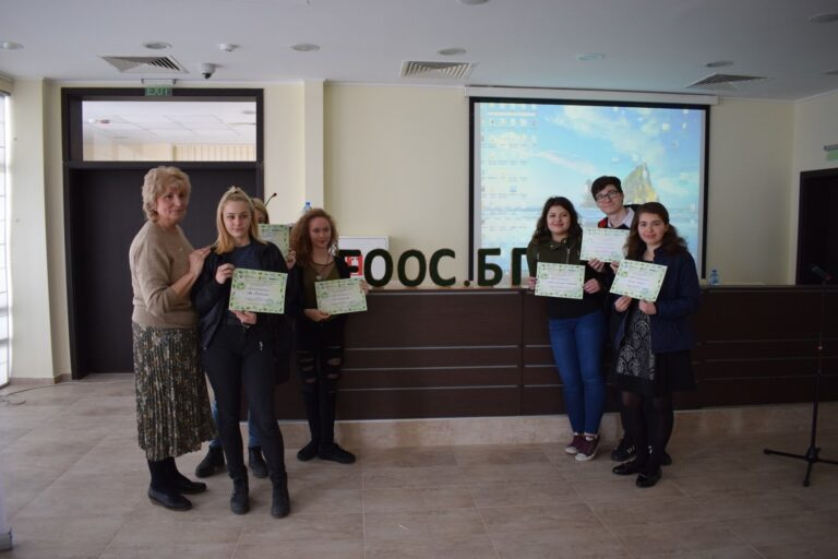 Participating in the International Eco Conference in 2019, presenting our green ideas and receiving certificates